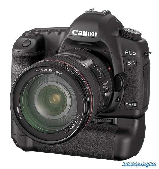 Canon 5D Mark 2 with 24-105 lens and battery pack