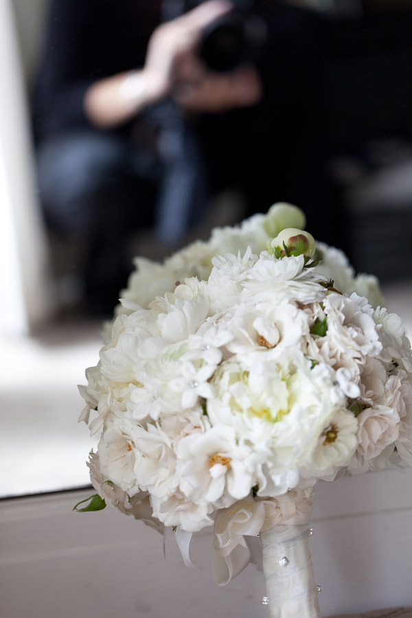 shooting-wedding-bouquet