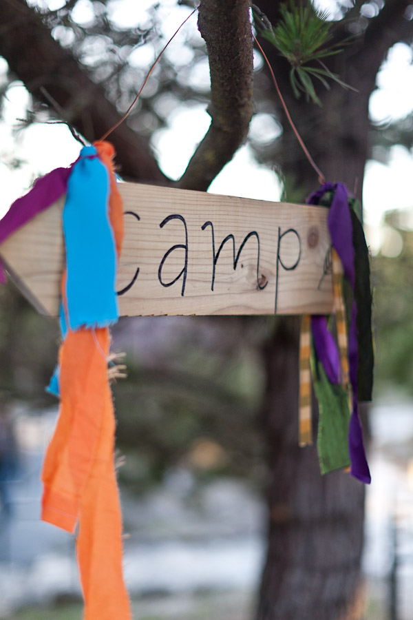 camp-shutter-sisters-sign