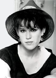 molly-ringwald-16-candles
