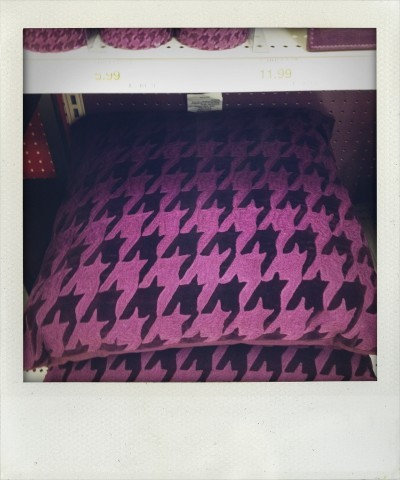 houndstooth purple pillows