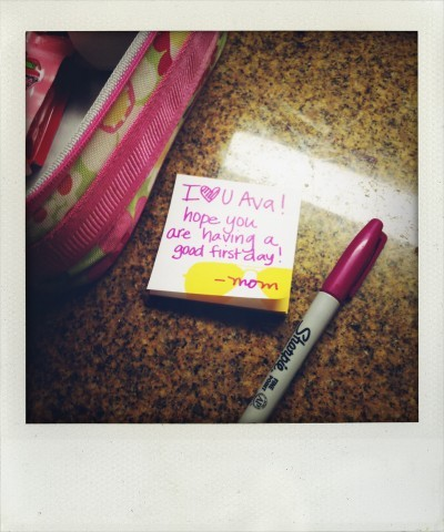 note-in-lunchbox-from-mom