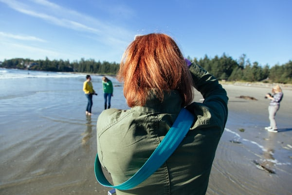 Taking-pictures-on-the-beach-tofino