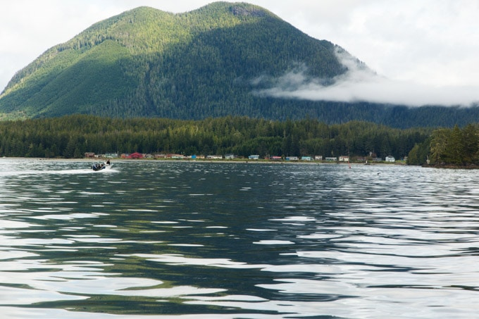 native-eskimo-shoreline-village-tofino