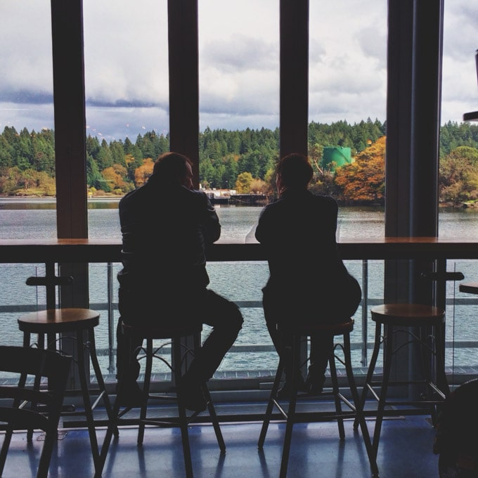 couple-waiting-for-ferry-oceanfront-window-nanaimo
