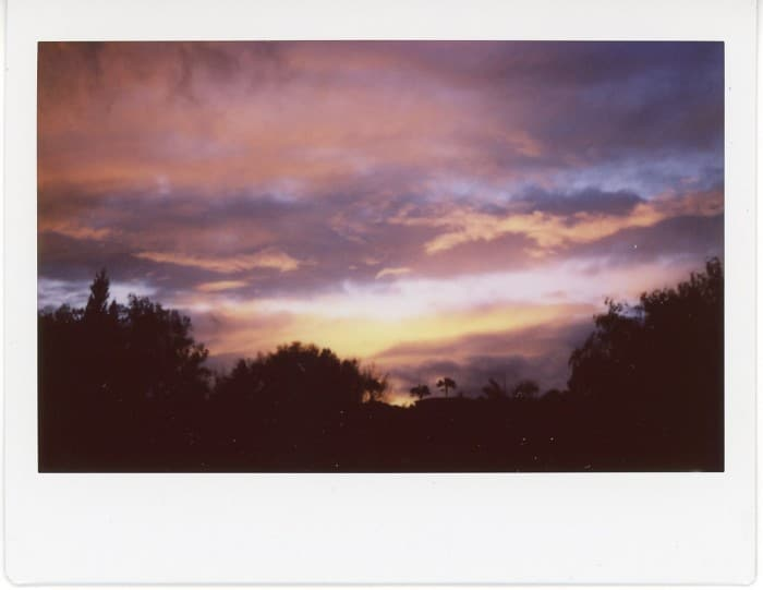 INSTAX_PINK_CLOUDS_WIDE_PINK